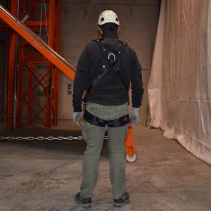 Formation port du harnais antichute t s controle et - Formation travail en hauteur port du harnais ...